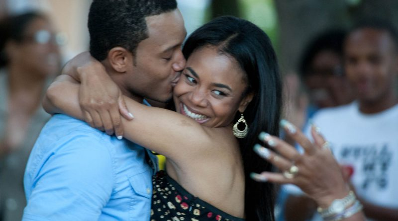Candace (Regina Hall) and Michael (Terrance J.) in Screen Gems' comedy THINK LIKE A MAN.